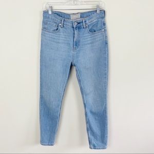 EVERLANE High-Rise Ankle Jeans Light Wash
